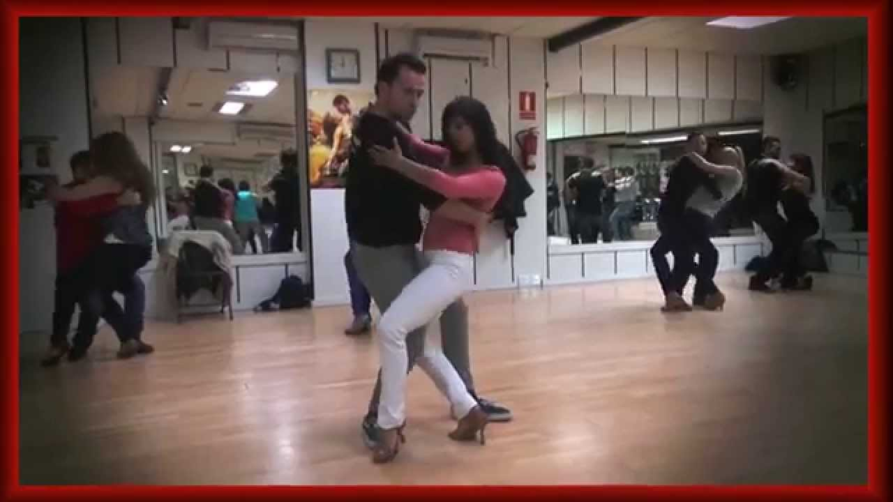Adelgazar bailando bachata
