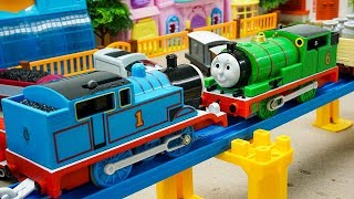 Thomas and Friends The Confrontation Toy Trains | Video Toys for Kids