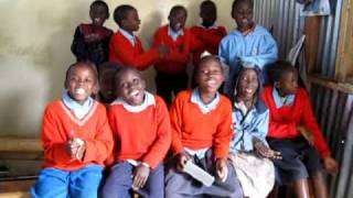 Hakuna Mungu Kama Wewe - Kids sing in Mitumba slum, Nairobi, Kenya