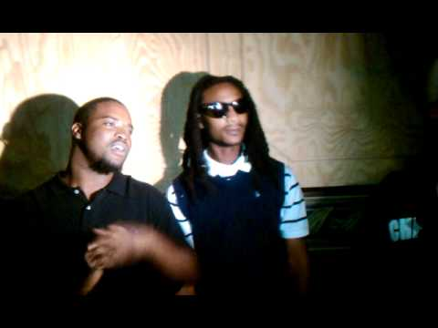 (PLUTO MANIA) GETTIN INTERVIEW AT THE DJ CONFERENCE