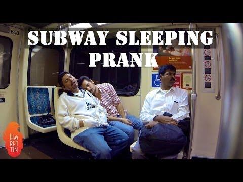 Metroda Uyuma Şakası Amerika - Hayrettin