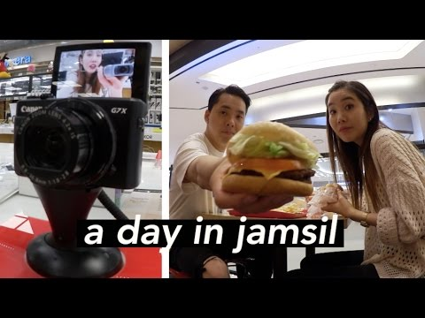 Shopping For A New Vlogging Camera in Jamsil, Seoul thumbnail