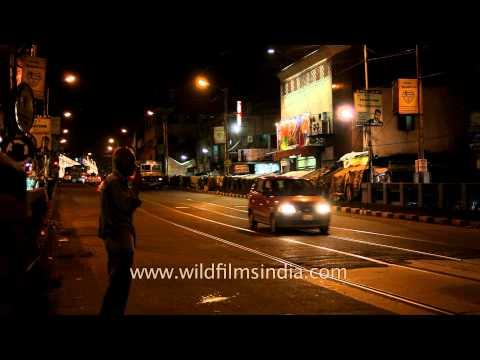 Evening time streets of Kolkata: The city of joy