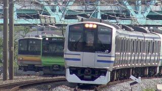 南武線205系ナハ35編成 インドネシア譲渡配給と山手線E235系トウ01編成 試運転の離合