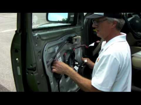 Replace 2006 hyundai rear window regulator doovi for Hyundai veracruz interior door handle