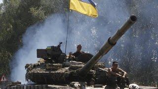 Видео боя: Ополченцы Гиви уничтожили колонну бронетехники аэропорт Донецк 2014