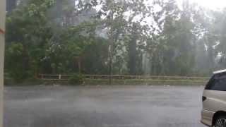 Turun Hujan Batu di Taiping, Perak! 19-12-2013