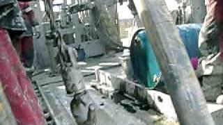 бурение скважин на нефть(бурение скважин на нефть Хохряковское месторождение., 2012-02-04T07:55:01.000Z)