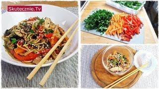 Makaron z udkami na ostro w stylu azjatyckim (danie jednogarnkowe) :: Skutecznie.Tv