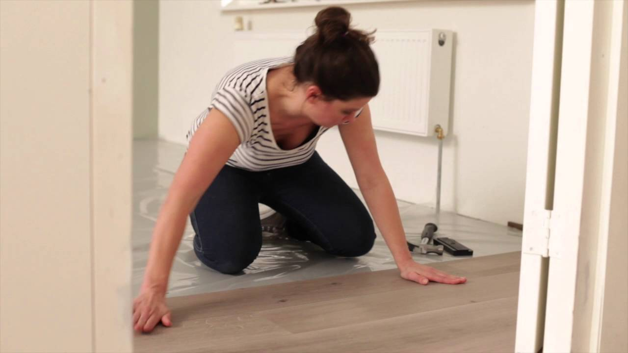 Instructiefilm kunststofvloer comfort click leggen youtube
