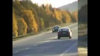 Установка турбины на BMW.flv(На видео умельцы устанавливают турбину на BMW E34 535 прокачивая ее до 700 лошадей., 2011-09-16T09:49:35.000Z)