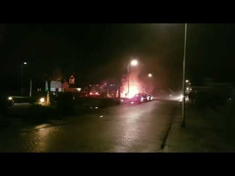 Uitslaande autobrand aan Vossenbrinkweg Delden
