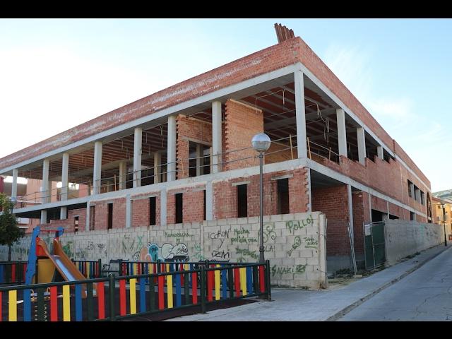 VÍDEO: Obras eternas: El nuevo edificio de la Seguridad Social lleva un año y medio paralizado y no hay previsión de que las obras finalicen antes de 2020. Te lo contamos en este breve vídeo