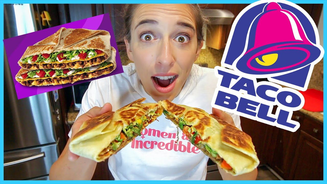 Making a Taco Bell CrunchWrap!