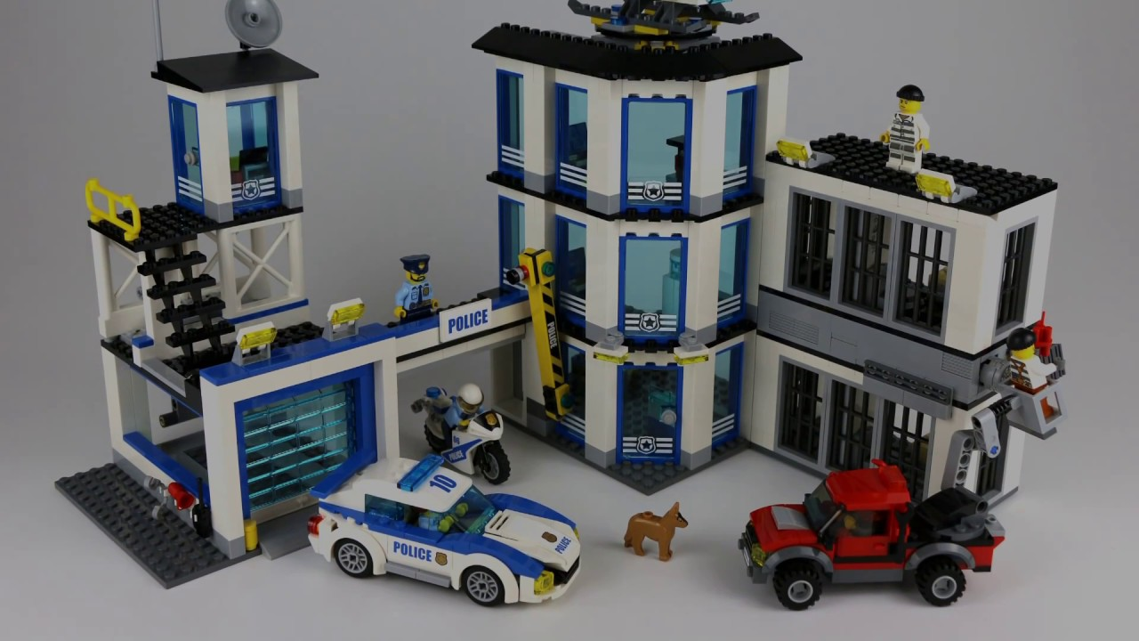 LEGO City Police Station 60141: Let's Play! - YouTube