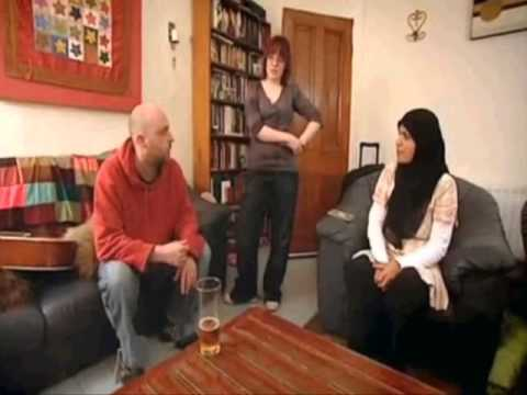 Lesbian Episode - Wife Swap UK (PART 1 of 5) ♀ + ♀ = ♥
