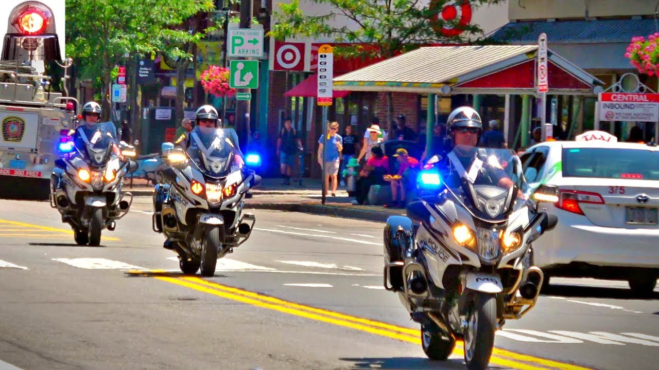 hight resolution of cambridge police motorcycles bmw r1200 rt p responding lights and sirens