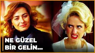 Cemile, Caroline'le Hakan'ın Düğününü Bastı! - Öyle Bir Geçer Zaman Ki 97. Bölüm