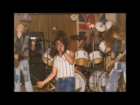 Witchfinder General - Free Country (Live 1983)