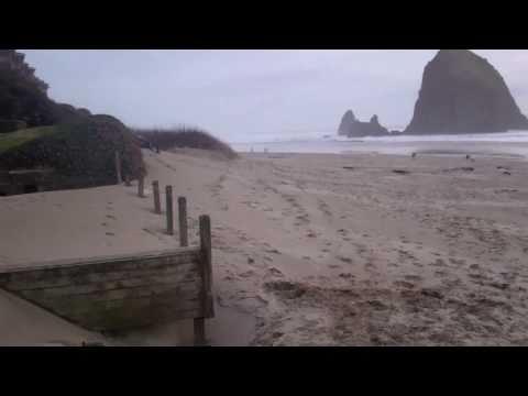 Cannon Beach Oregon Coast Day After Tsunami in Japan March 12 2011 [HD]