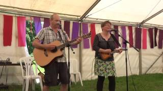 """Bruce Forbes & Katie Thomas """"Brown Eyed Girl"""" live @ Wychwood Festival 2016"""