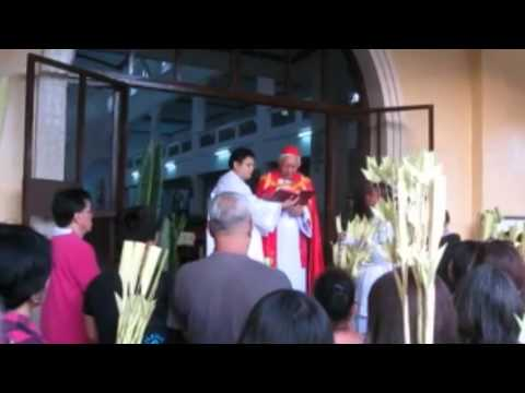 Filipinos join Palm Sunday celebrations
