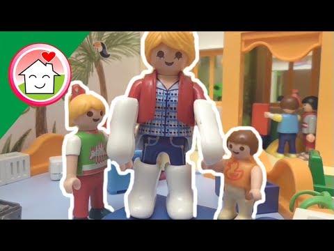رؤى رايحة الروضة -  عائلة عمر - أفلام بلاي موبيل للأطفال
