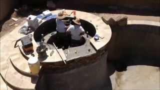 видео Пруд из бетона своими руками на даче: строительство и декор шаг за шагом