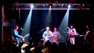 Το i-jukebox.gr στο live των Monsieur Minimal Band στη Θεσσαλονίκη