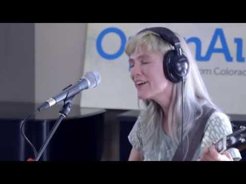 OpenAir Studio Session: Strawberry Runners,
