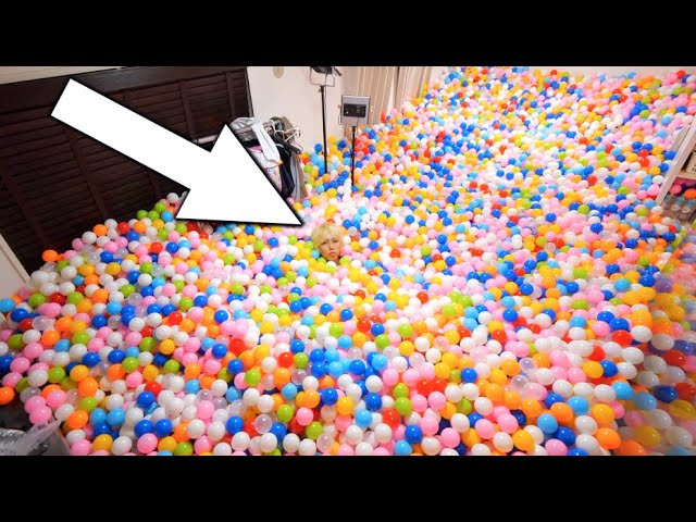 カラーボールたくさん買い過ぎた。部屋が大変だよ!