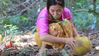Cooking Technique: Cooking Yummy Crabs In Coconut In Forest