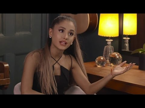 Ariana Grande & Jimmy Fallon Funny Lip Sync Convo featuring Bieber, Fifth Harmony