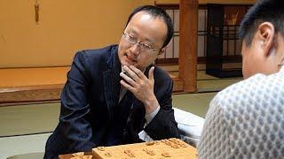 渡辺明棋王、A級から降級決定 将棋界初の「永世竜王」
