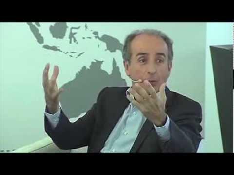 Barcelona World Race Monotype vs Open  Race organization discussion. (English)