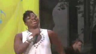 Fantasia Barrino - Bore Me (GMA)