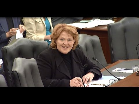 Heitkamp Pushes for her Bill to Support Rural Startups at Senate Committee Hearing