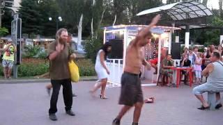 Феодосия 2010 Бомжи зажигают