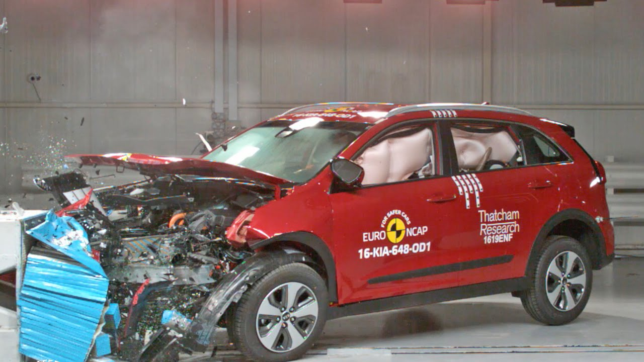 Crash Tests 2017 Kia Niro