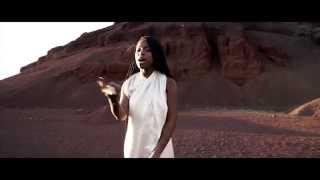 Смотреть клип Sabina Ddumba - Effortless