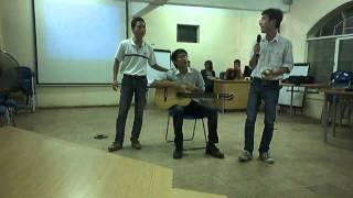 Lớp QTKD0301- ĐH Đại Nam - Cây đàn ghita của đại đội 3.avi