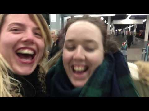 FebVLOG #17 - Welsh Christmas Carols | Carioke | Clare's arrival