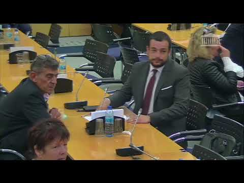 "Adrien MORENAS pose une question ""eau"" à Paul LARROUTUROU et à Jean JOUZEL"