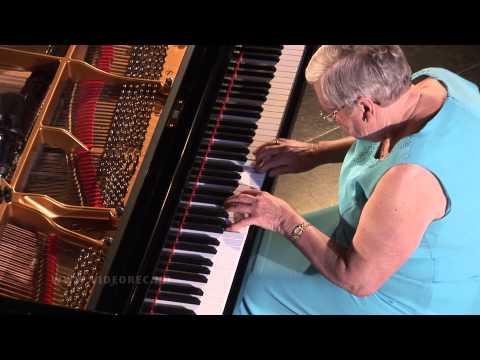 W A Mozart, Sonate i C dur, kv 279. Piano: Randi K. Sickel