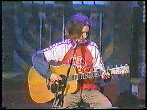 "Beck - ""Pay No Mind (Snoozer)"""