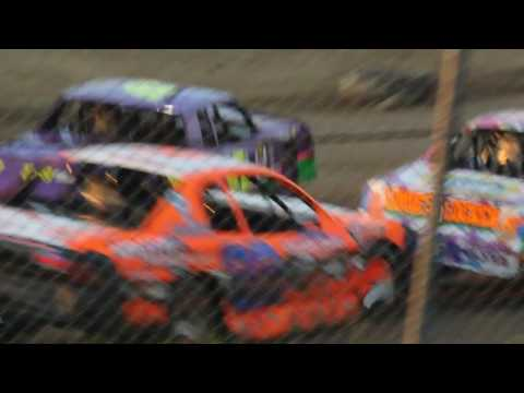 MVI 9680 STUART SPEEDWAY 7/24/2016 STOCK CAR FEATURE