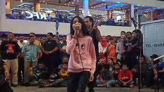 August 3, 2019...Suara makin matang...Nurul Iman cover lagu Ella
