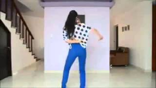 Watch Tatiana Perez Duque learn Ek Do Teen with Madhuri Dixit