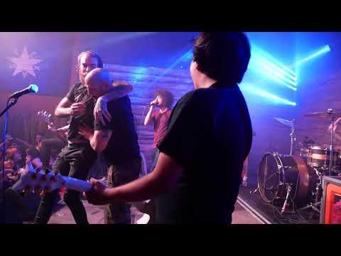 I Set My Friends On Fire - Sex Ed Rocks LIVE (Austin Texas)