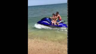 видео Куда поехать на море: золотые пляжи Каспия